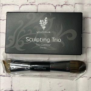 Younique sculpting trio and brush Medium